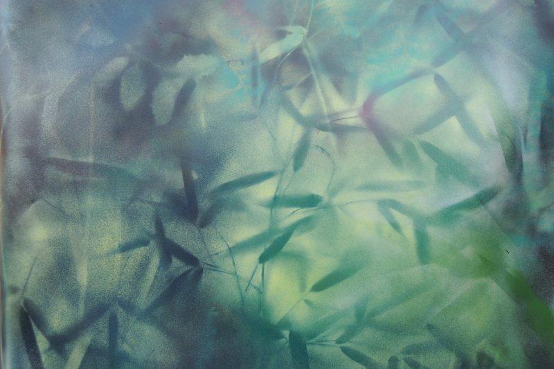 peinture textile en bombe